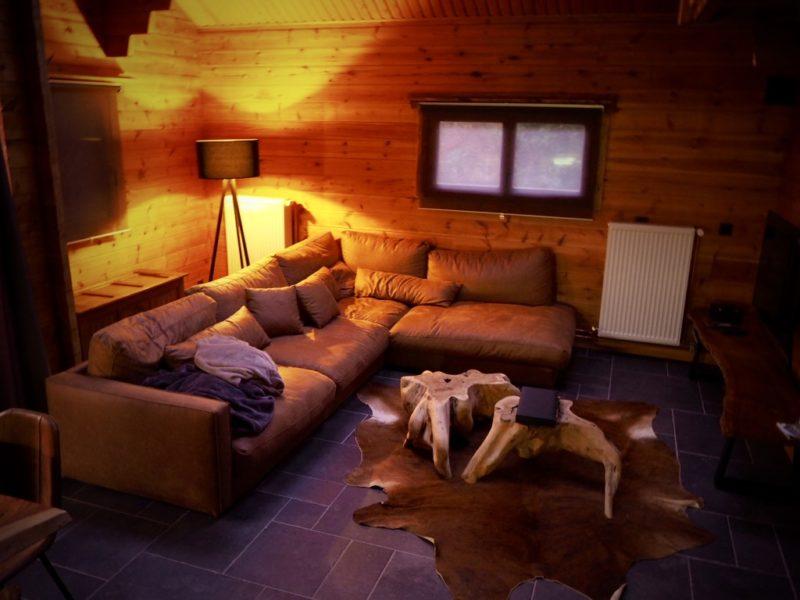 Gemütliches Wohnzimmer im Naturhäusschen