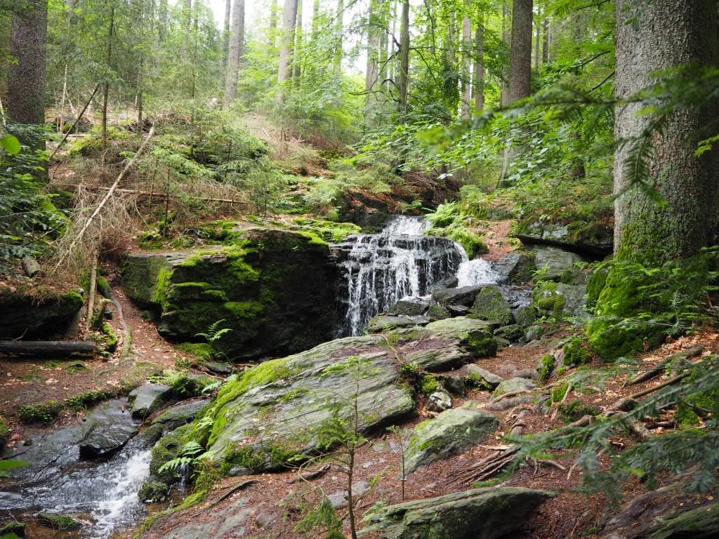 Der Muglbach Wasserfall am Nurtschweg.