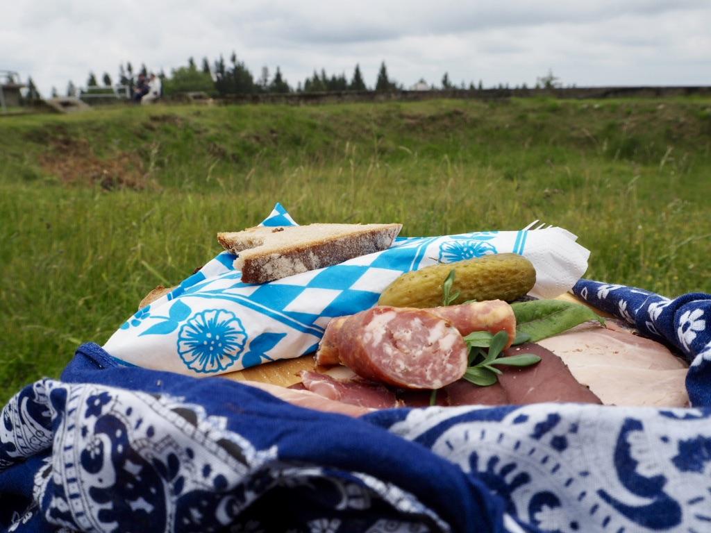 Picknickbrett vom Adamhof auf dem Tillenberg