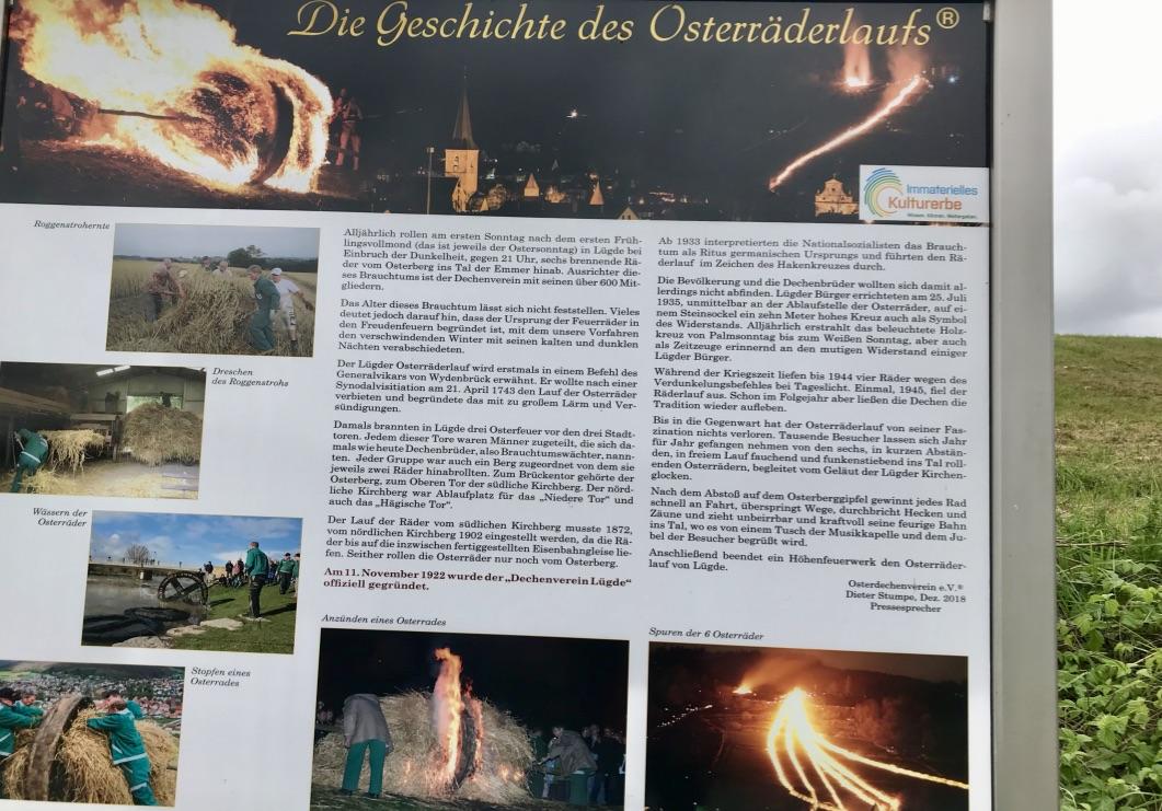 Osterräderlauf in Lügde: Schild auf dem Osterbergweg